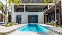Kas Vierkant – waterfront villa