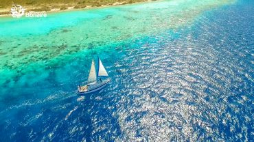 Epic Tours Bonaire – Sailing and snorkeling